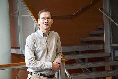 Mikko Kaasalainen tuli tunnetuksi erityisesti asteroidien muotoja selvittäneenä matemaatikkona.
