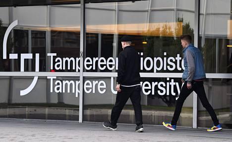 Tampereen yliopistoon perustetaan uusi koulutusohjelma. Opiskelijoita kuvattiin yliopistolla syyskuussa 2020.