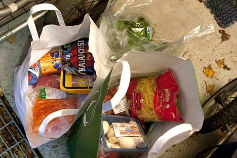 Nyt koossa olevilla varoilla saadaan 700 ruokakassia. Moro seuraa tilannetta.