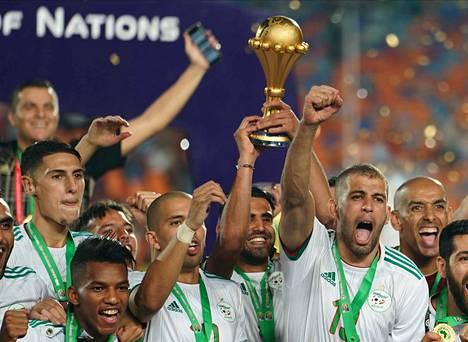 Algeria sai juhlia Afrikan mestaruutta.