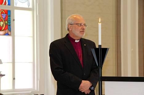Lapuan hiippakunnan piispa Simo Peura.