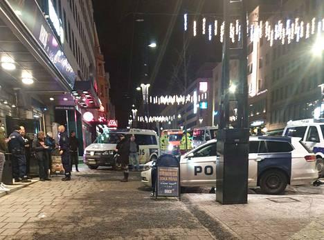 Poliisi vahvisti varhain lauantaiaamuna, että tamperelaisen yökerhon wc-tiloista löytyi perjantain ja lauantain välisenä yönä vainaja.