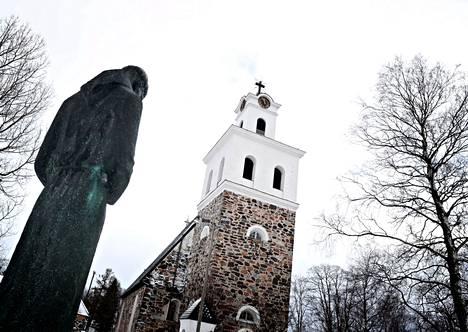 Uusi kirkkoherra valitaan Raumalle välillisellä vaalilla. Kirkkovaltuusto toimittaa vaalin huhtikuun kokouksessaan.