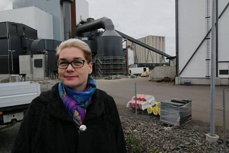 – Toteutamme aktiivisesti toimenpiteitä kivihiilestä luopumiseksi, sanoo TSE:n toimitusjohtaja Maija Henell.
