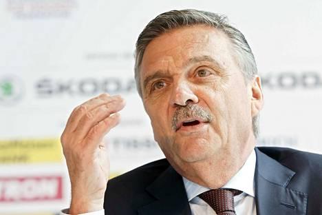 Rene Faselin mukaan useimmat IIHF:n neuvoston jäsenet vastustavat ajatusta, että Valko-Venäjä menettäisi jääkiekon MM-kisojen isännyyden poliittisin perustein.