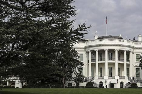 Yhdysvaltain hallintoon kohdistetun tietomurron epäillään olevan laaja.