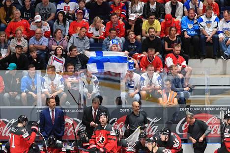 Kanadan joukkue joutui pettymään MM-finaalissa.