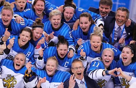 Naisleijonat voitti olympiapronssia vuonna 2018.