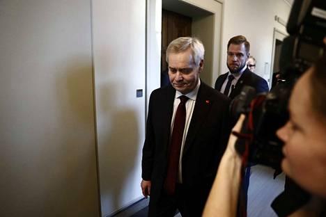 Pääministeri Antti Rinne jättää eronpyyntönsä presidentille kello 12.30.