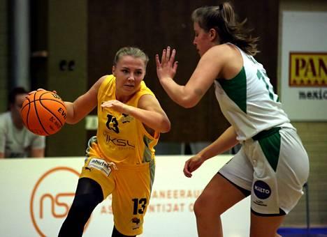 Ellen Järvinen pussitti 16 pistettä BC Nokian voitokkaassa sarja-avauksessa.