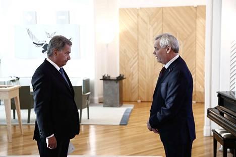 Tasavallan presidentti Sauli Niinistö otti vastaan pääministeri Antti rinteen eronpyynnön tiistaina Mäntyniemessä.