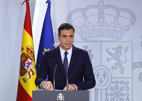 Espanjan virkaa tekevä pääministeri Pedro Sánchez kertoi tiedotustilaisuudessa tiistai-iltana, että maassa järjestetään uudet parlamenttivaalit marraskuussa.