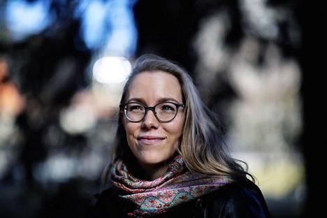 – Mielenterveydestä kannattaa pitää huolta silloin, kun asiat ovat vielä hyvin – ei vasta sitten, kun ollaan jo työpsykologin vastaanotolla uupuneina, psykologi Anniina Virtanen muistuttaa.
