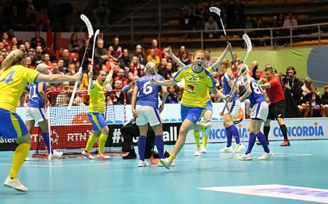 Ruotsi eteni salibandyn naisten MM-finaaliin seitsemännen kerran peräkkäin.