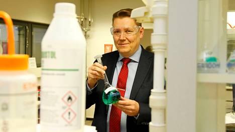 """""""Suurin syy, miksi lähes kaksinkertaistamme tuotantomme, on se, että näköpiirissä on Suomen akkumateriaaliteollisuuden voimakas kasvu"""", Joni Hautojärvi kertoo."""
