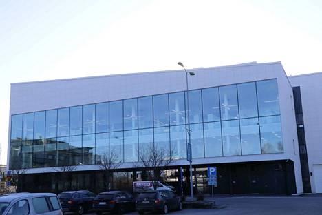 Nokian uuden kirjasto- ja kulttuuritalo Virran piti avautua yleisölle maaliskuun puolivälissä, mutta koronavirustilanne muutti kaiken.