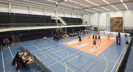 VaLePa ja Hurrikaani Loimaa pelasivat runkosarjan viimeisen ottelunsa tyhjille seinille Sastamalassa.