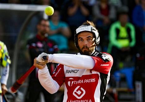 Ville Hotakainen oli lyönyt ennen ottelua 39 juoksua.