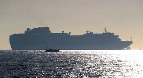 Diamon Princess -luksusristeilijän matka muuttui karanteeniksi Japanissa. Alus on ankkurissa Yokohaman edustalla, mutta lähtee todennäköisesti merelle aluksen ylläpitoon liittyvistä syistä.
