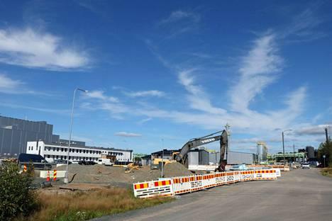 BASF:n Harjavallan akkumateriaalitehtaan rakennustyömaa elokuussa 2021.