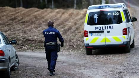 Juupajoella oli keskiviikkona illalla iso poliisioperaatio, jota poliisi tutkii tapon yrityksenä ja ampuma-aserikoksena.