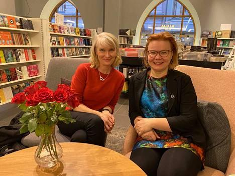Leeni Peltonen ja Minna Huotilainen ovat kirjoittaneet Uuden ajan muistikirjan, joka kertoo tämän ajan muistin haasteista ja antaa neuvoja selviytyä.