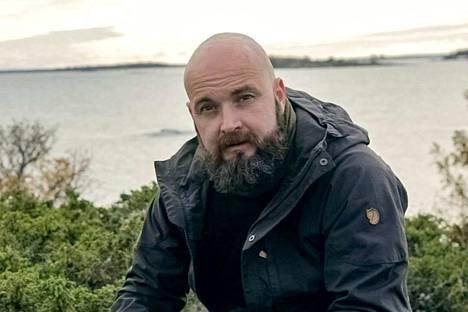 Jani Jaatinen itse viihtyy merellä ja sen luodoilla. Tästä ympäristöstä kumpuaa myös Ukko-tuotteiden henki.