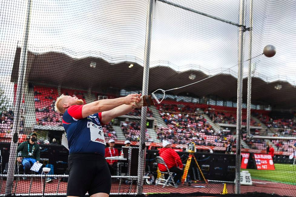 Moukarinheittäjä Tuomas Seppänen on ainoa Noormarkun Nopsan urheilija, joka edustaa Suomea viikonlopun Ruotsi-ottelussa. Kuva viime viikonlopun Kalevan kisoista Tampereelta.