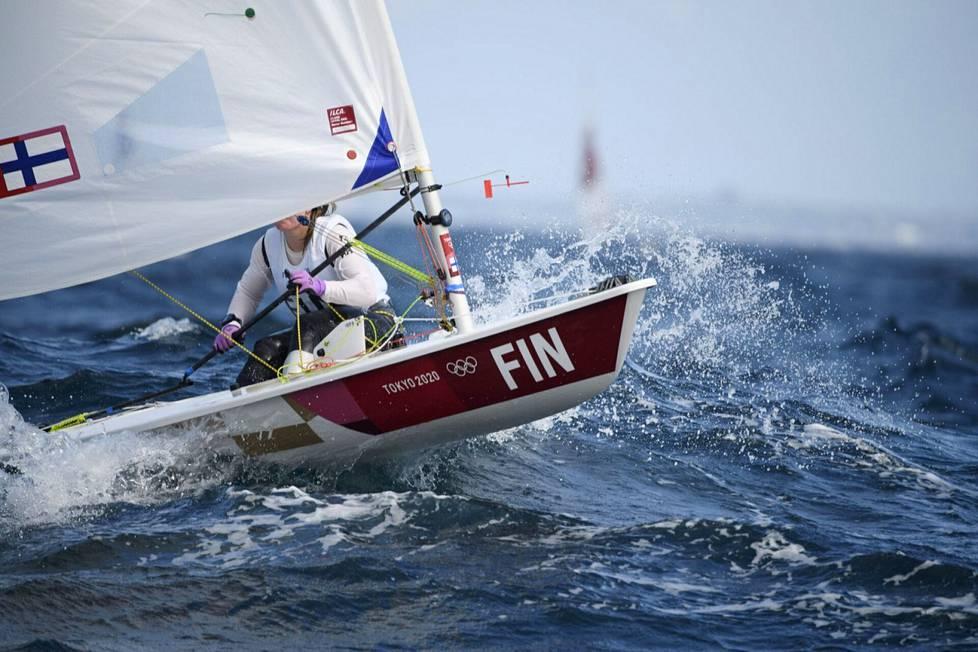 Tuula Tenkanen purjehti toisen kerran peräkkäin viidenneksi.