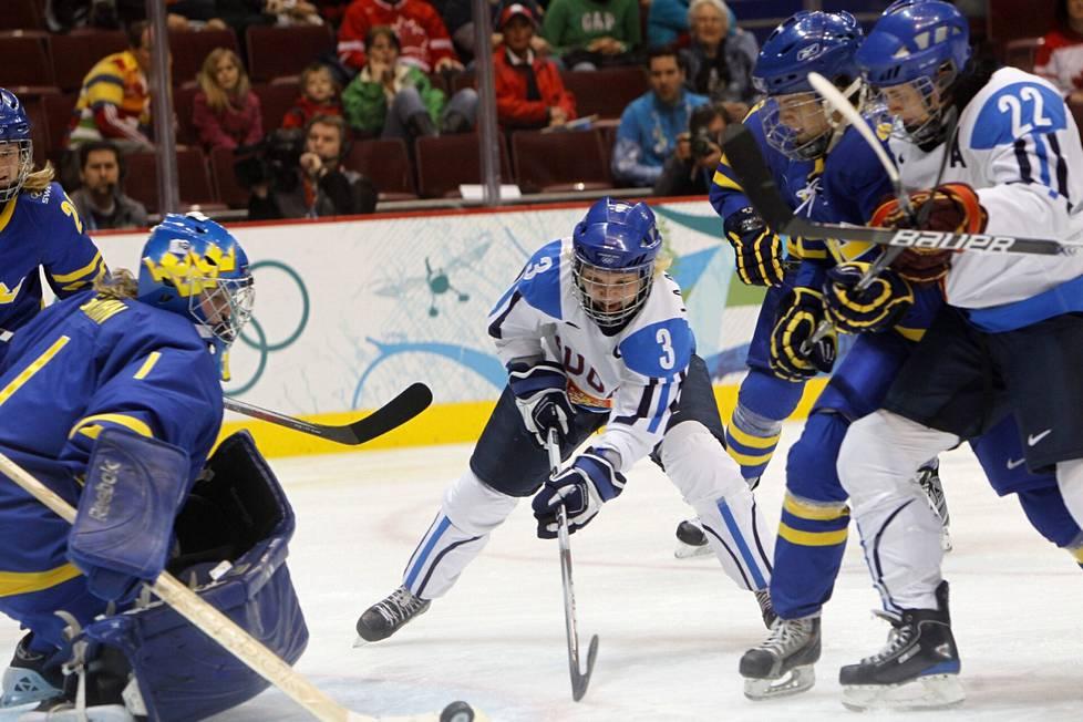 Vancouverin olympialaisissa Emma Terhon kipparoima Suomen naisten maajoukkue voitti pronssia.