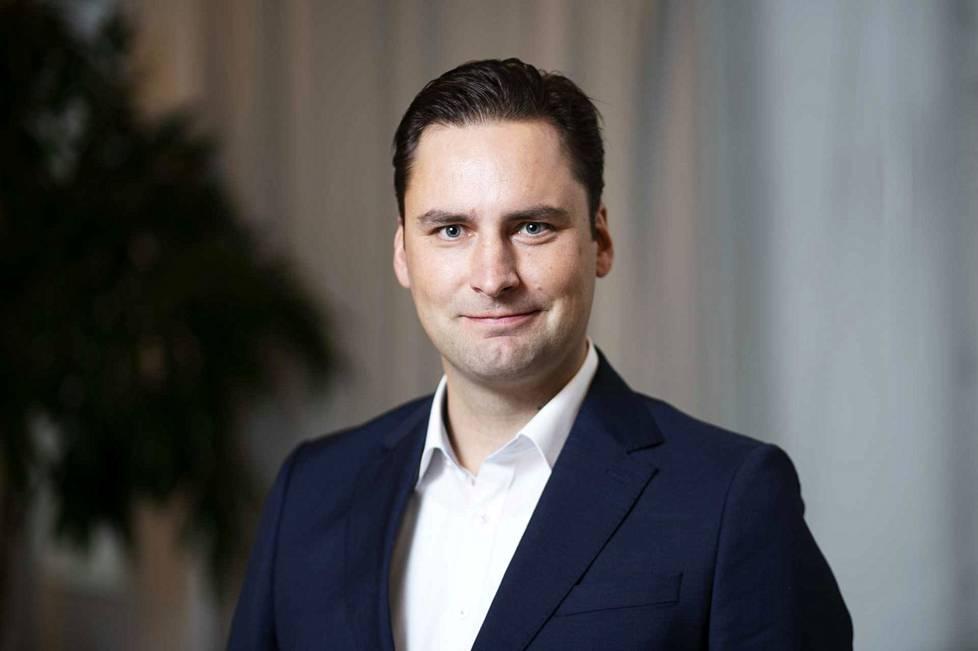 Jarkko Kerkola, aluemyyntijohtaja.