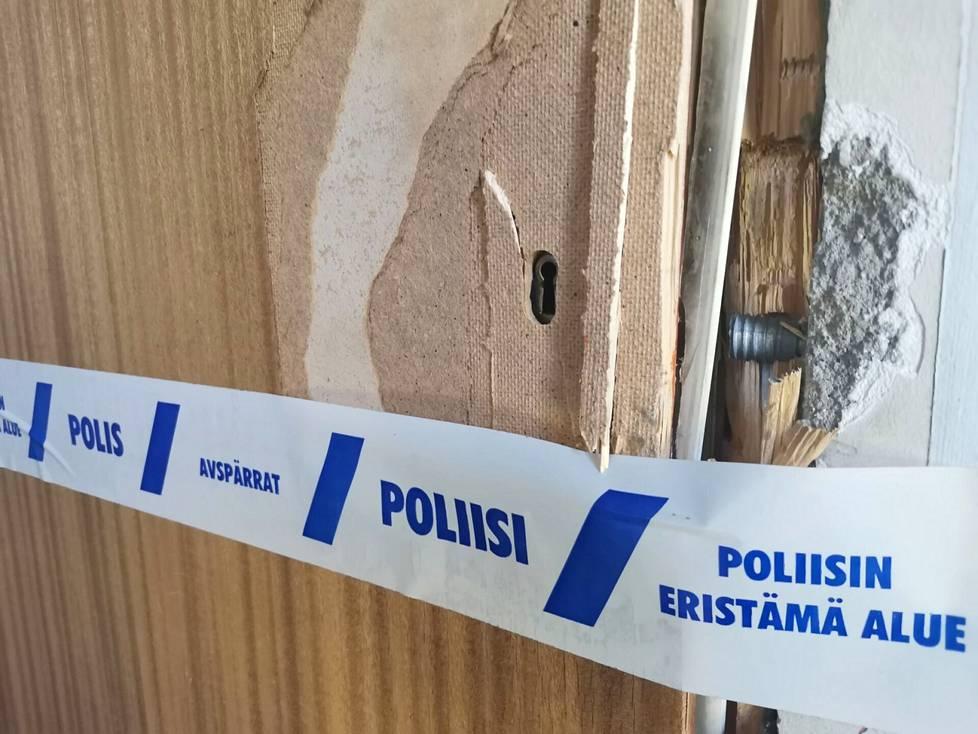 Kankaanpäässä poliisi joutui pidätyksen yhteydessä murtamaan murhasta epäillyn henkilön kotioven. Surma tehtiin 25. toukokuuta.