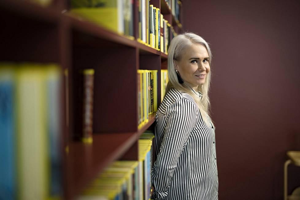 Petra Olli on uransa jälkeen oppinut, että puhumalla moni asia selviää.