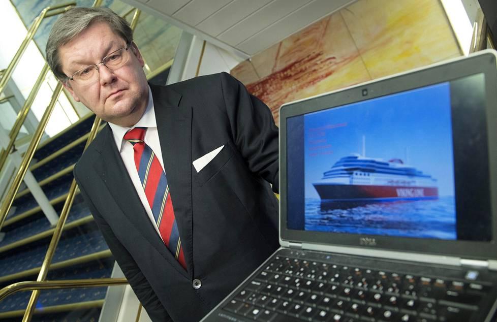 Viking Linen toimitusjohtaja Jan Hanses sanoo, että karilleajot ovat harvinaisia.