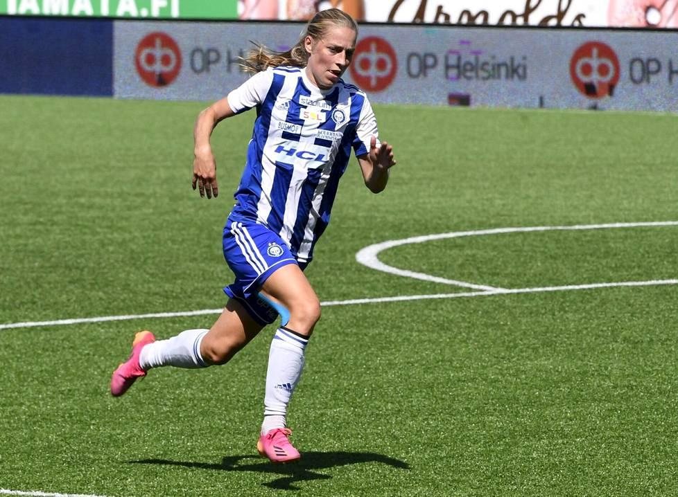 Kotimaisille kentille yli vuosikymmenen tauon jälkeen palannut Linda Sällström on Kansallisen liigan valovoimaisin pelaaja.
