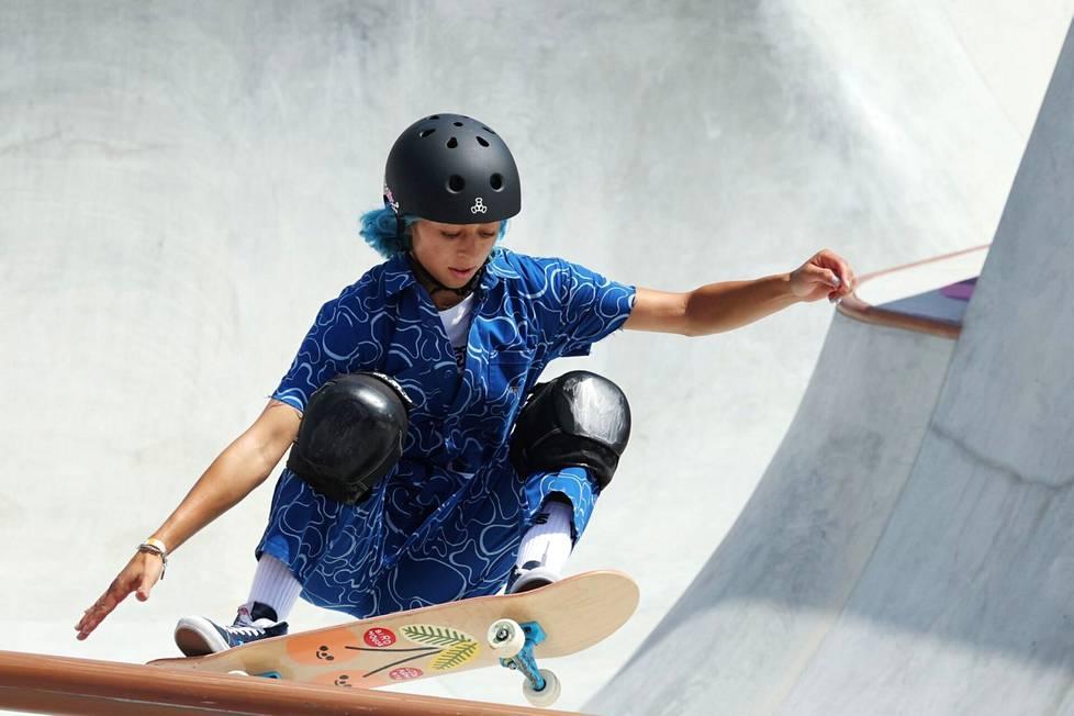 Lizzie Armanto sanoi olevansa ylpeä olympiakisasta.