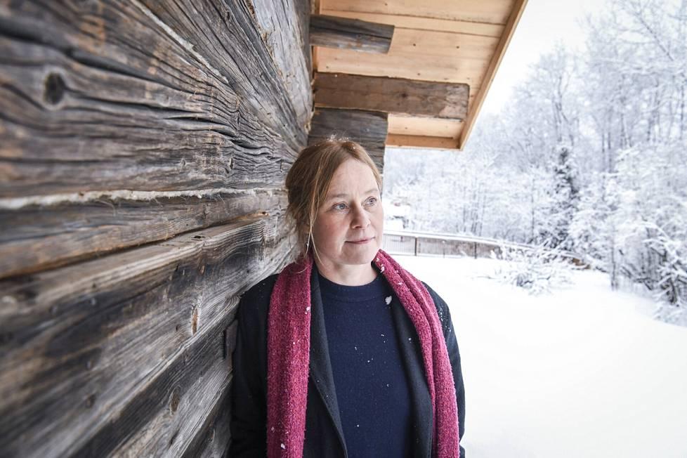 Porista kotoisin oleva elokuvaohjaaja Mia Halme asuu perheensä kanssa Karkkilassa. Hän nauttii luonnosta kodin lähellä ja liikkuu metsässä niin hiihtäen kuin juosten.
